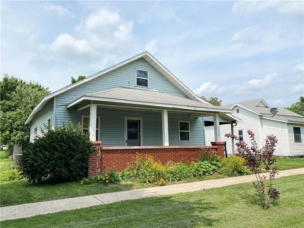 2312 Moultrie Avenue Property Photo 1