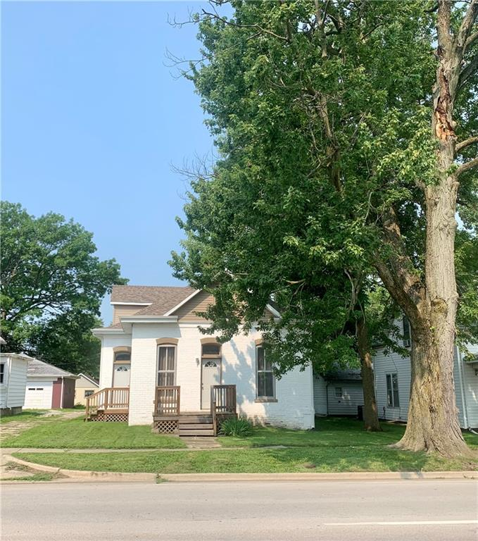 1105 S Main Street Property Photo 1