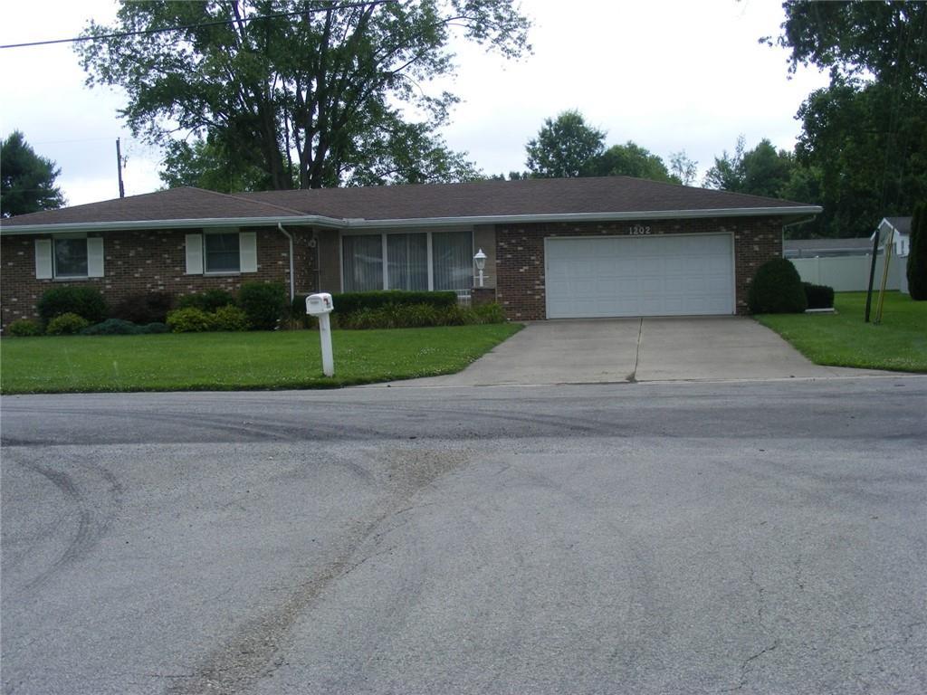 1202 Holiday Drive Property Photo 1
