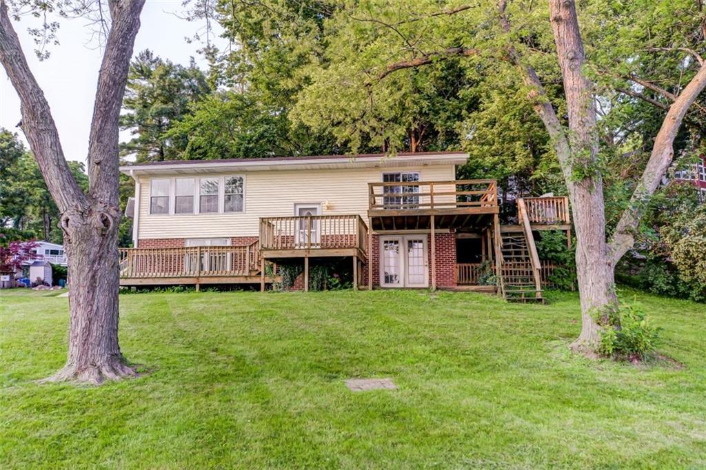 410 Lakeview Lane Property Photo 1
