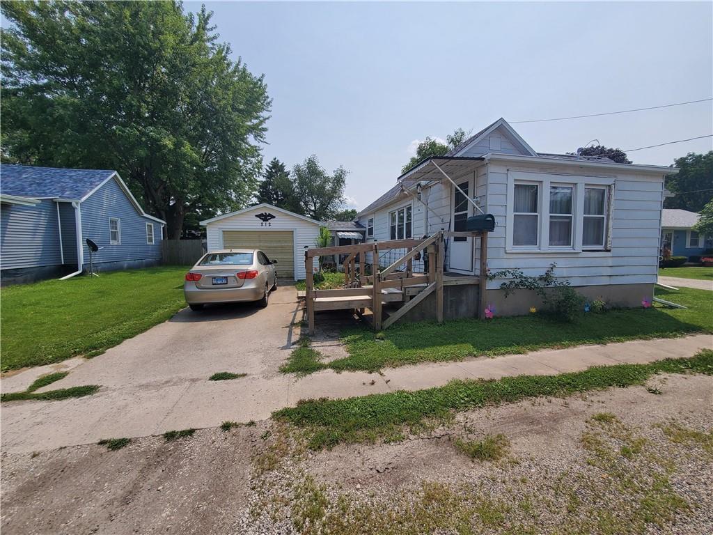 212 Dolak Street Property Photo 1