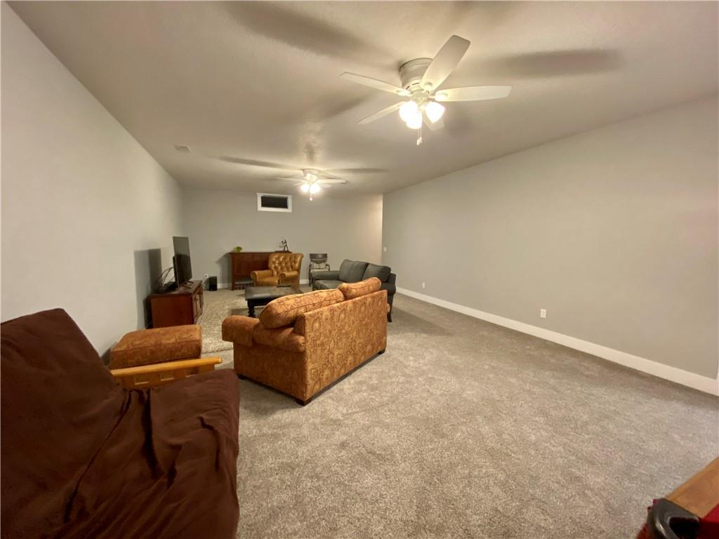 1625 Hunters Pointe Court Property Photo 20