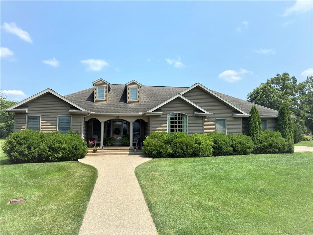 818 S Pine Street Property Photo 1