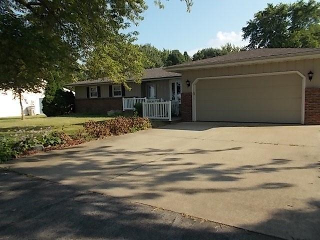 235 W Forsyth Road Property Photo 1