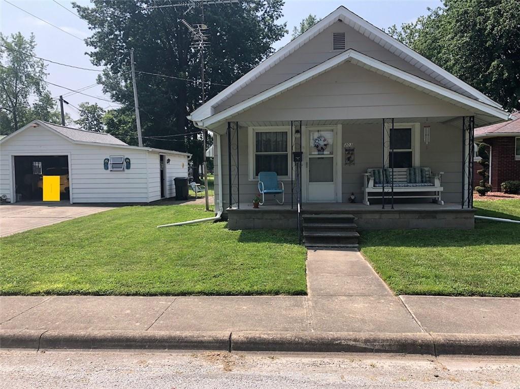 303 E Delaware Avenue Property Photo 1