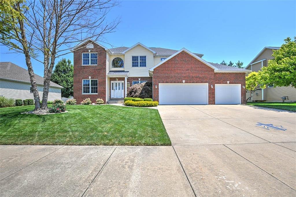 484 Greenbrier Lane Property Photo 1