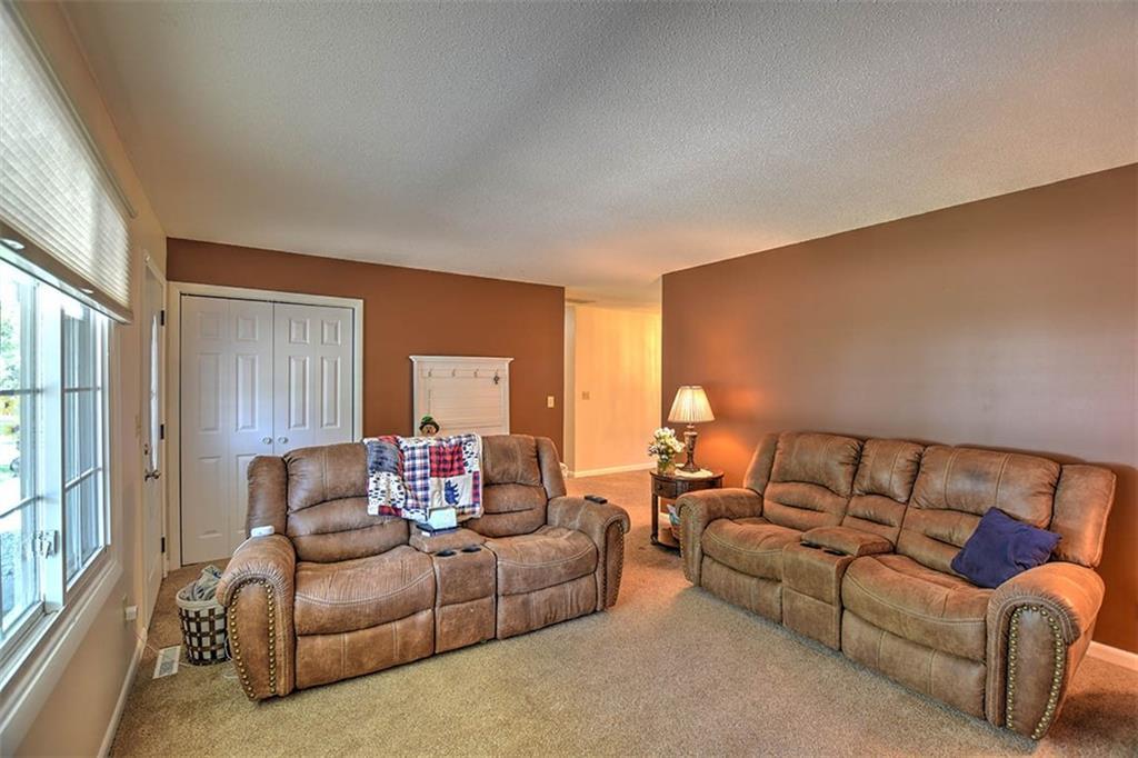 1090 Wildwood Drive Property Photo 9