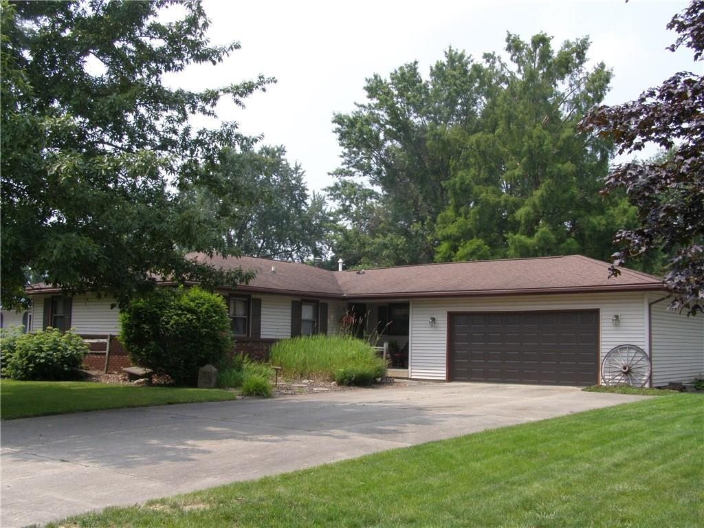 1111 S Worth Street Property Photo 1
