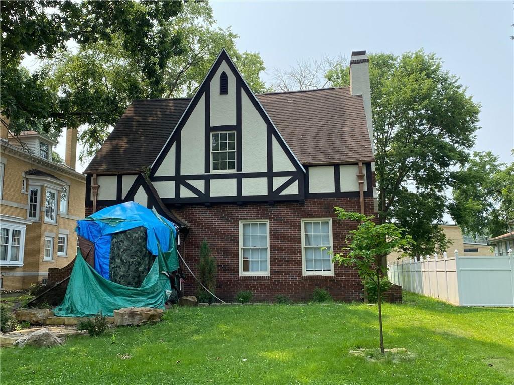 424 W Court Street Property Photo 1