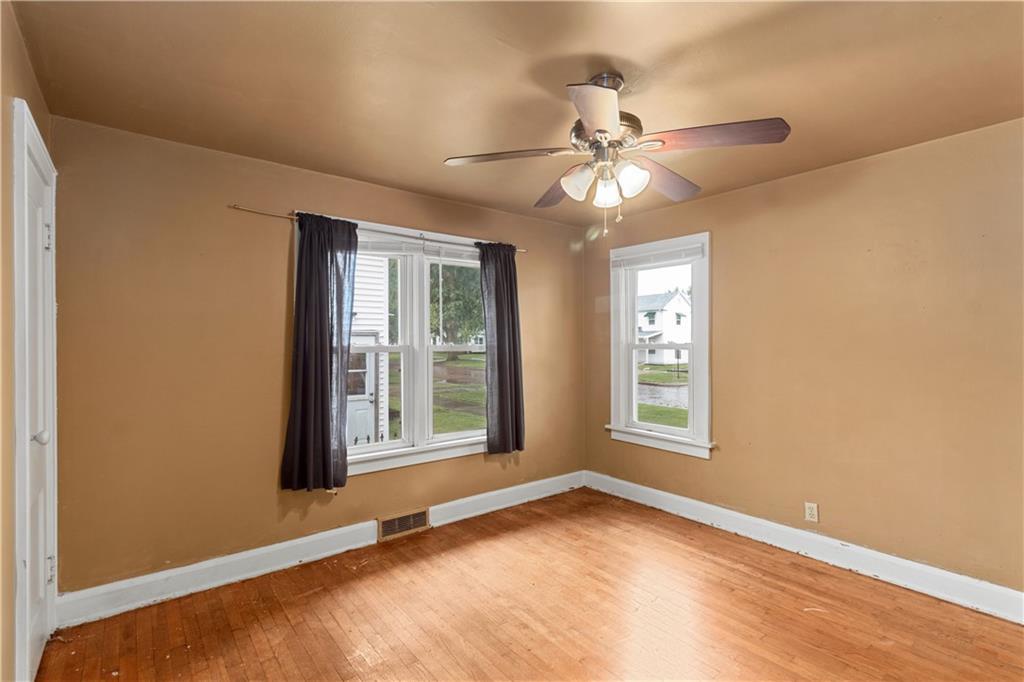 2301 Champaign Avenue Property Photo 12