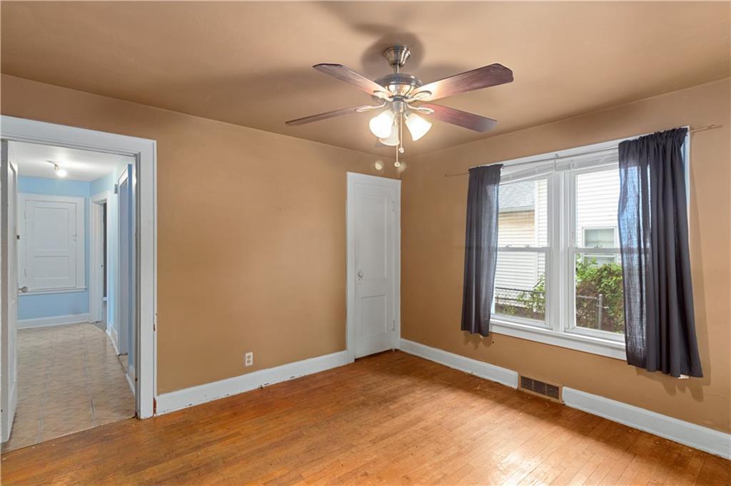 2301 Champaign Avenue Property Photo 13