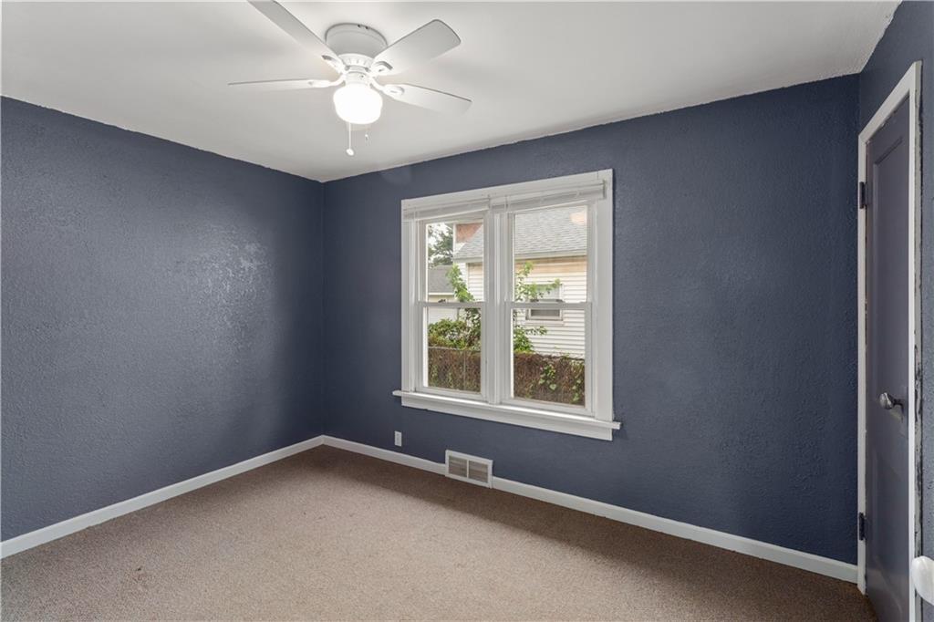 2301 Champaign Avenue Property Photo 14