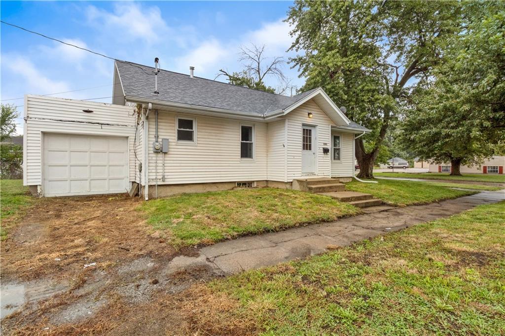 2301 Champaign Avenue Property Photo 16