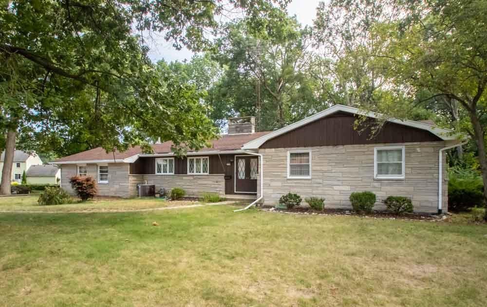 210 Oak Hill Drive Property Photo 1