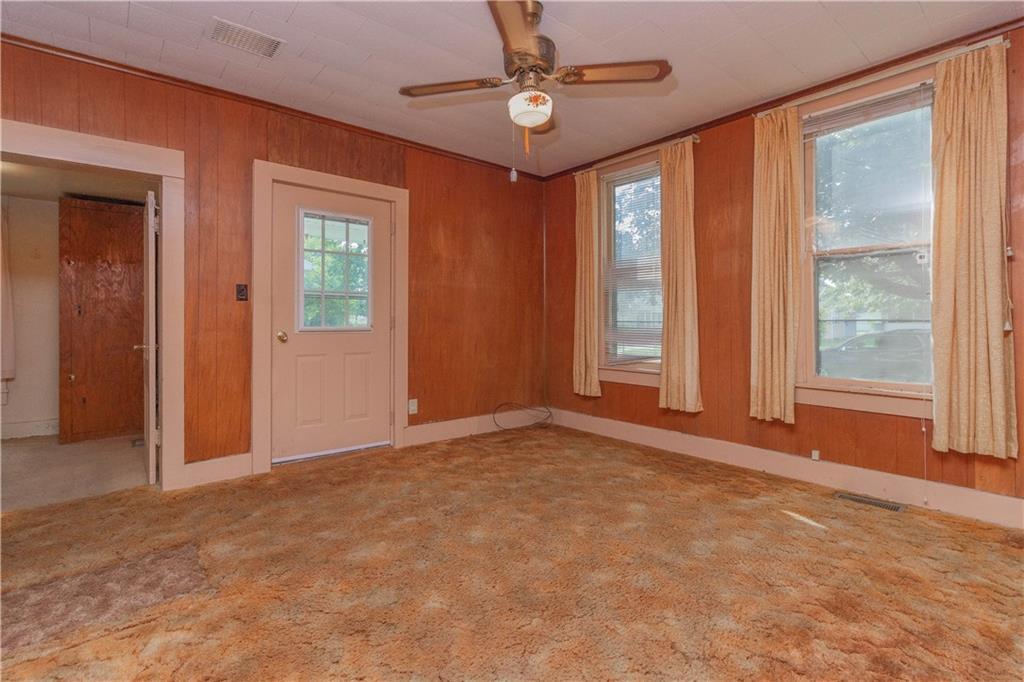 612 Lafayette Avenue Property Photo 3