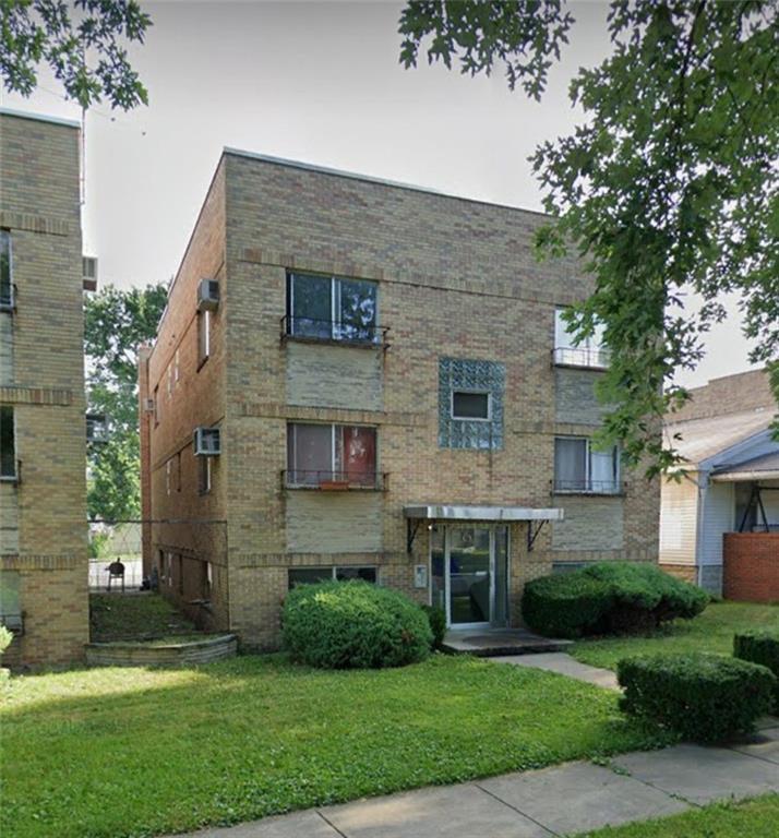 2262 Wood Street Property Photo 1