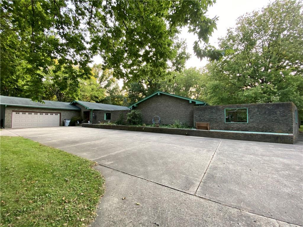 1 Woodland Acres Property Photo 1