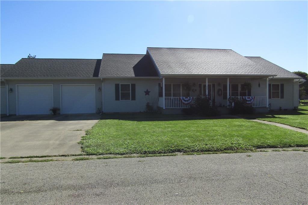 934 Birch Lane Property Photo 1
