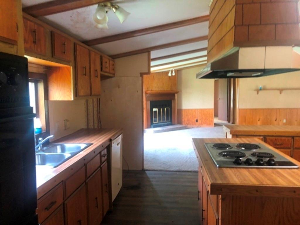 4431 Country Lake Drive Property Photo 4