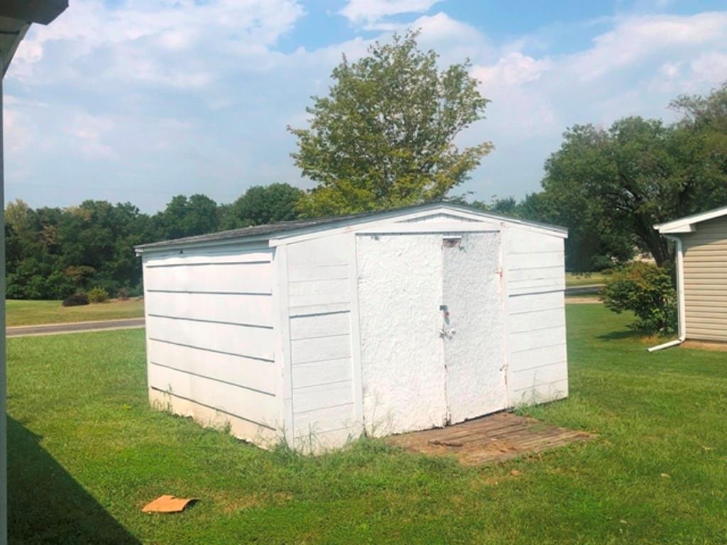 4431 Country Lake Drive Property Photo 12