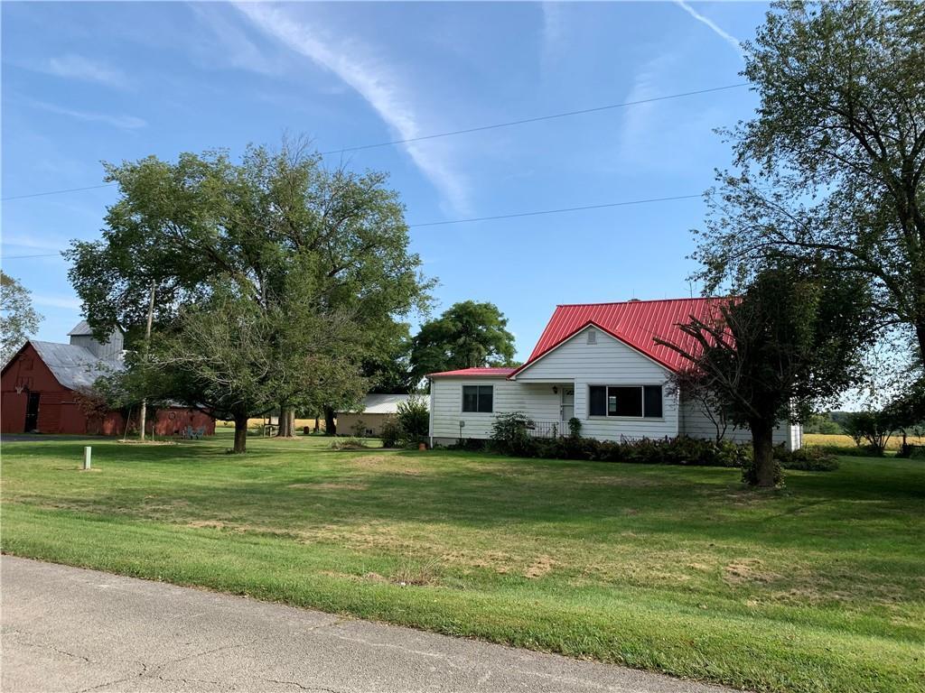 1940 1600 North Road Property Photo 1