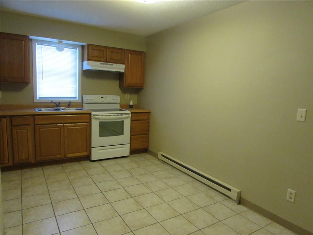 420 Whittier Street Property Photo 4