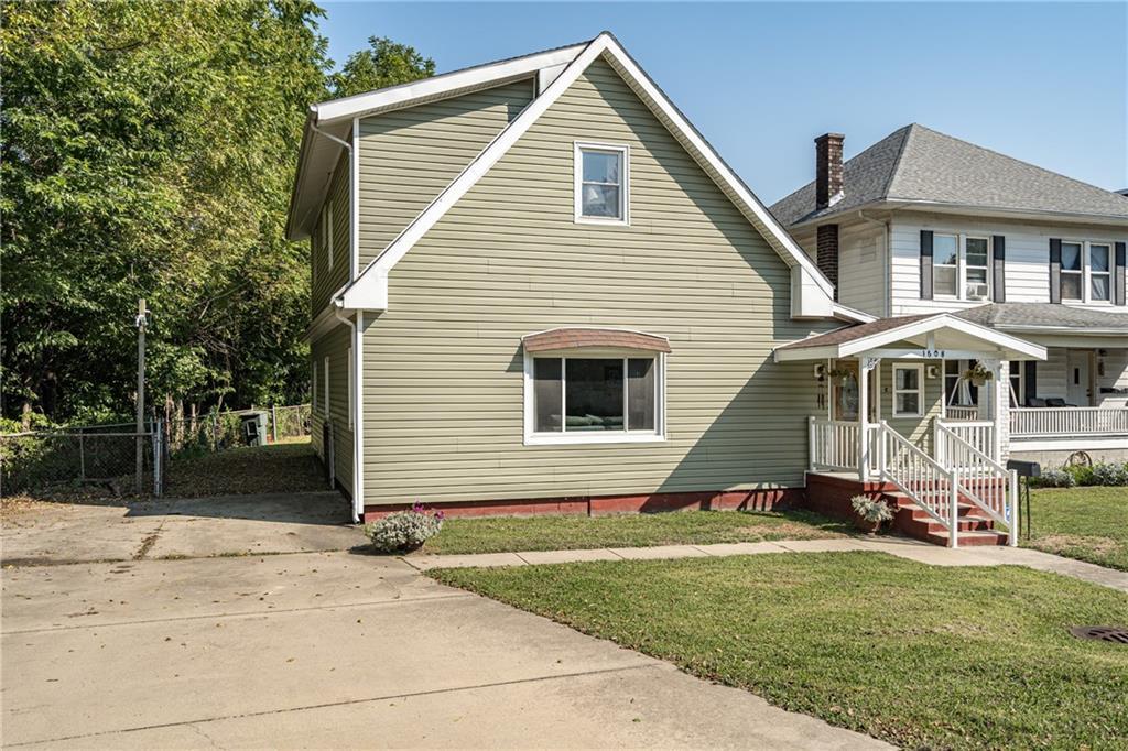 1608 Champaign Avenue Property Photo 2