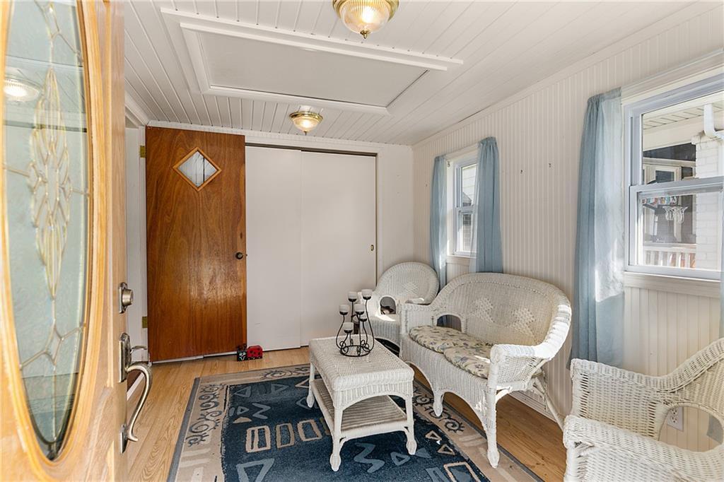 1608 Champaign Avenue Property Photo 3