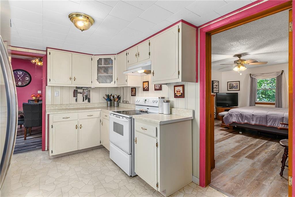 1608 Champaign Avenue Property Photo 10