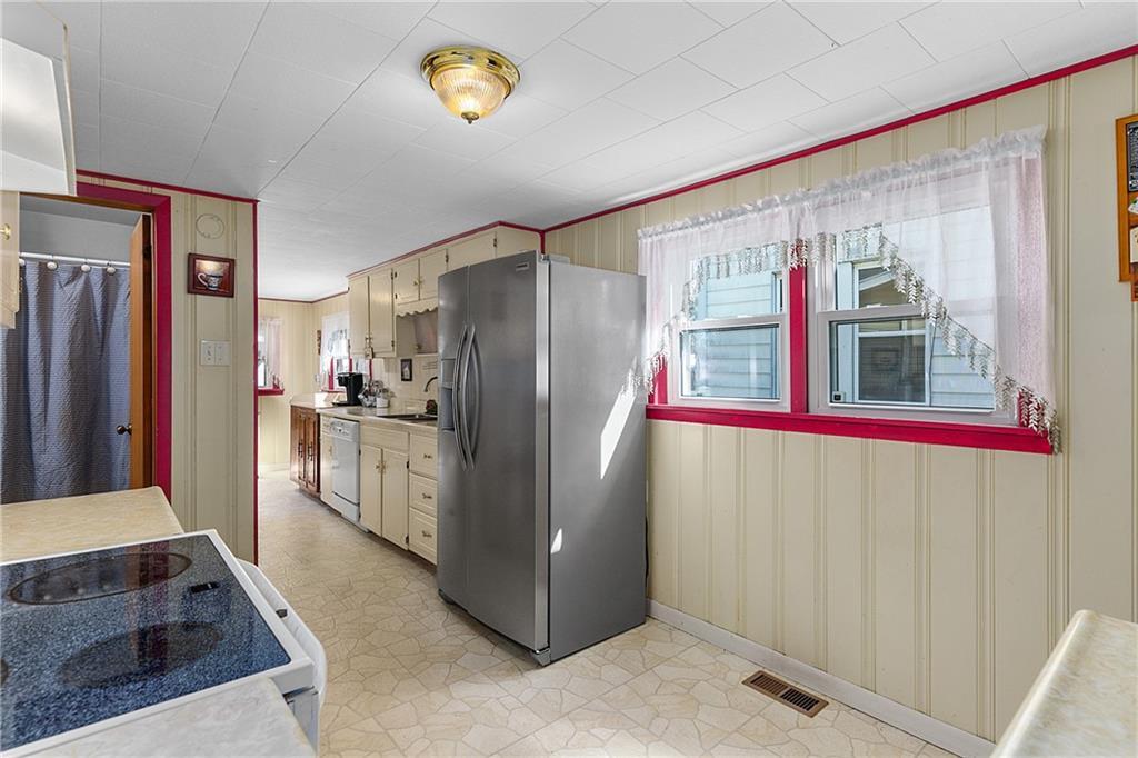 1608 Champaign Avenue Property Photo 11