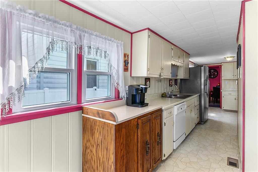 1608 Champaign Avenue Property Photo 13