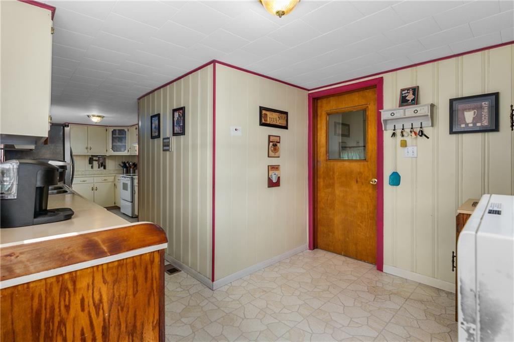 1608 Champaign Avenue Property Photo 14