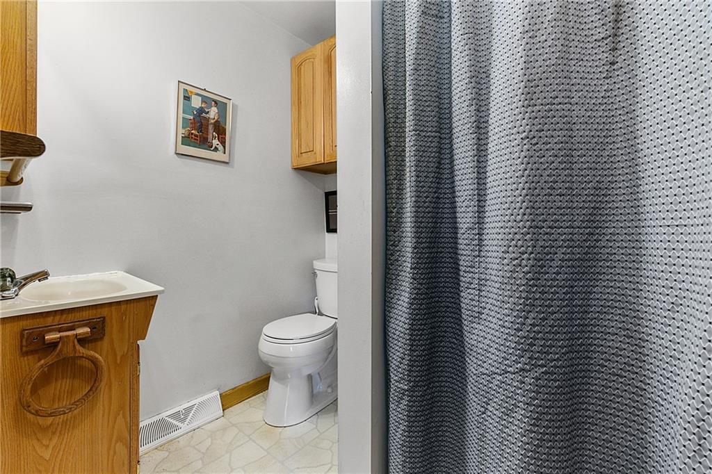 1608 Champaign Avenue Property Photo 16