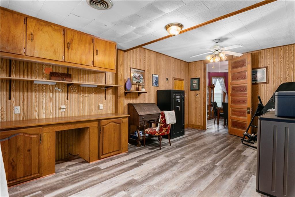 1608 Champaign Avenue Property Photo 17