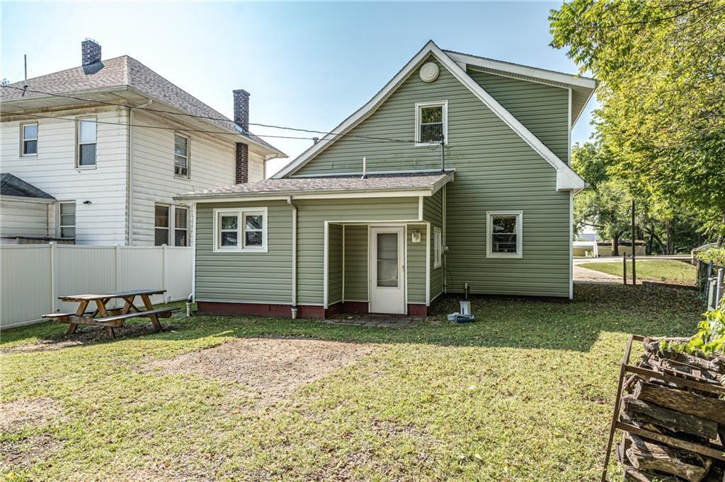 1608 Champaign Avenue Property Photo 22