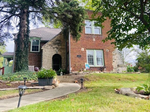 217 Wood Street Property Photo 1