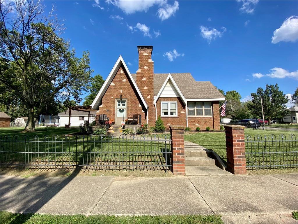 403 6th Street Property Photo 1
