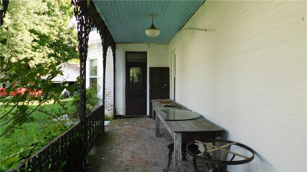 218 Jackson Avenue Property Photo 7