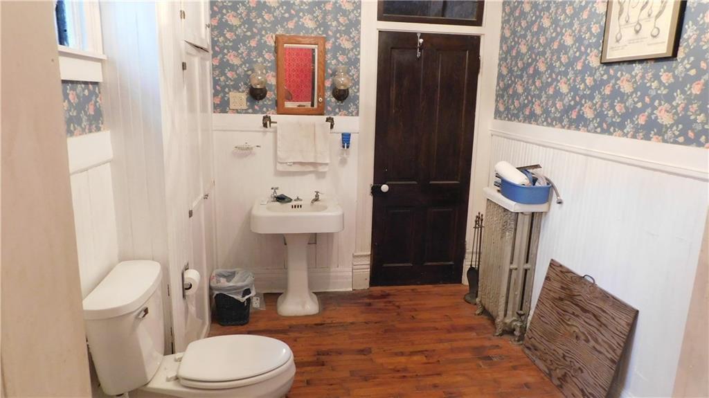 218 Jackson Avenue Property Photo 14