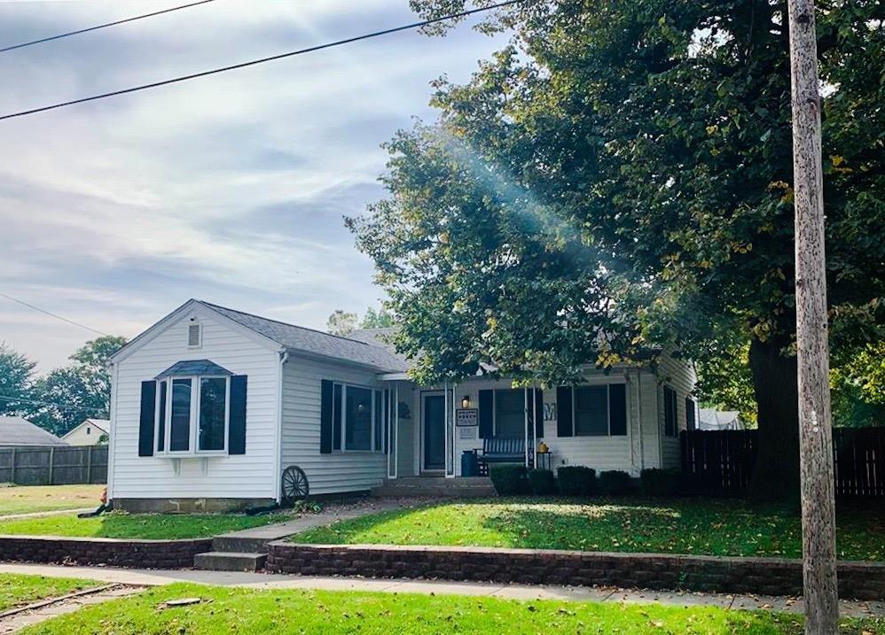 310 Sutherland Avenue Property Photo 1