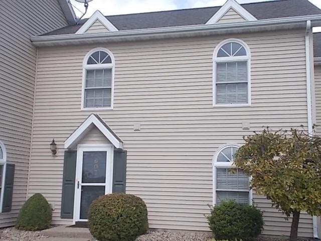 607 Beyers Lake Estate Property Photo 1