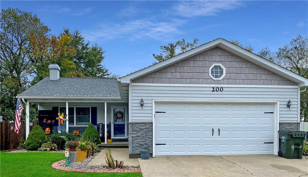 200 Essex Avenue Property Photo 1