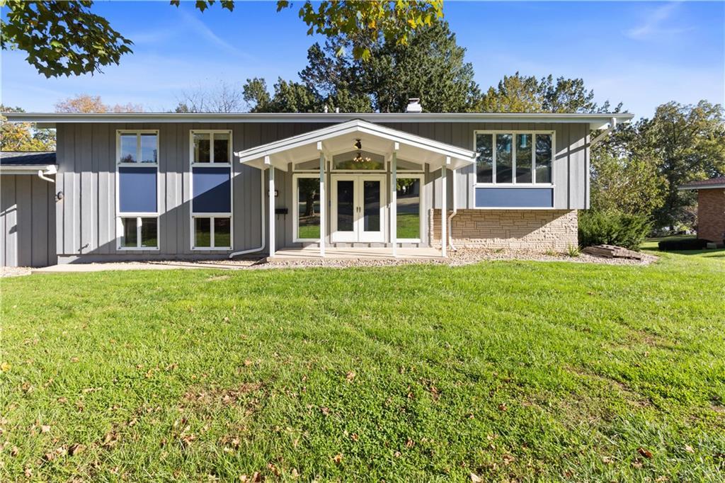 2207 Reynolds Drive Property Photo 1