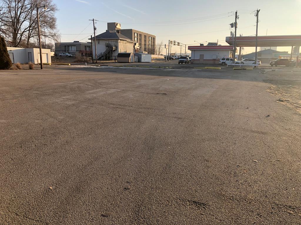 407 1/2 Main Street Property Photo