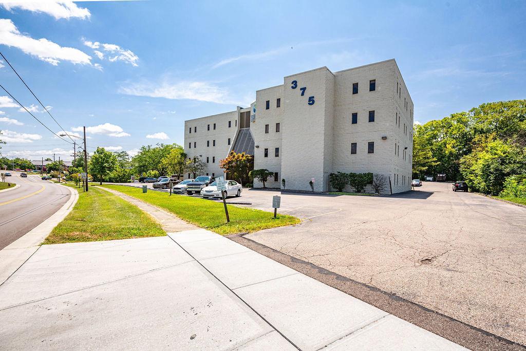 Springdale Real Estate Listings Main Image