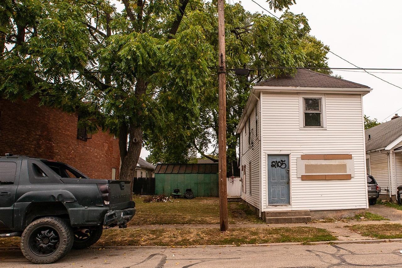 2105 Woodlawn Avenue Property Photo 1