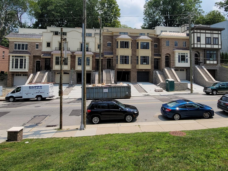 3226 Linwood Avenue Property Photo 2
