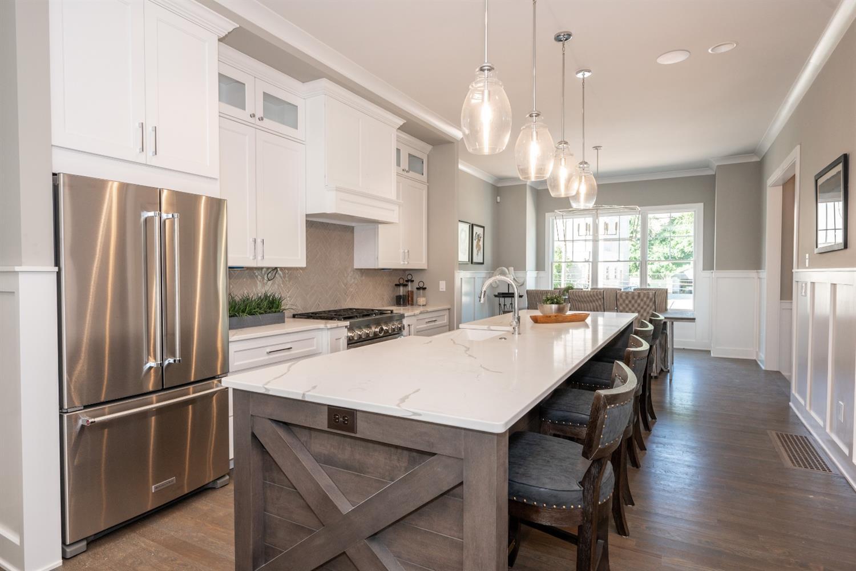 3226 Linwood Avenue Property Photo 10