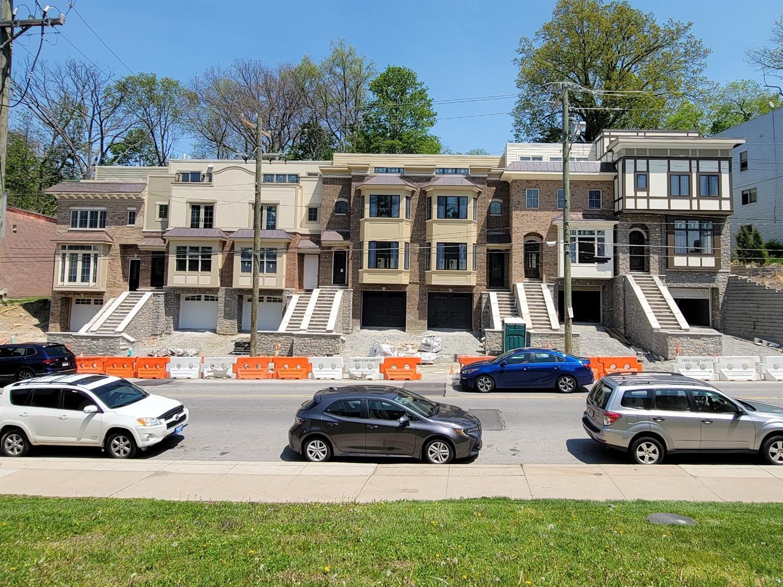 3230 Linwood Avenue Property Photo 1