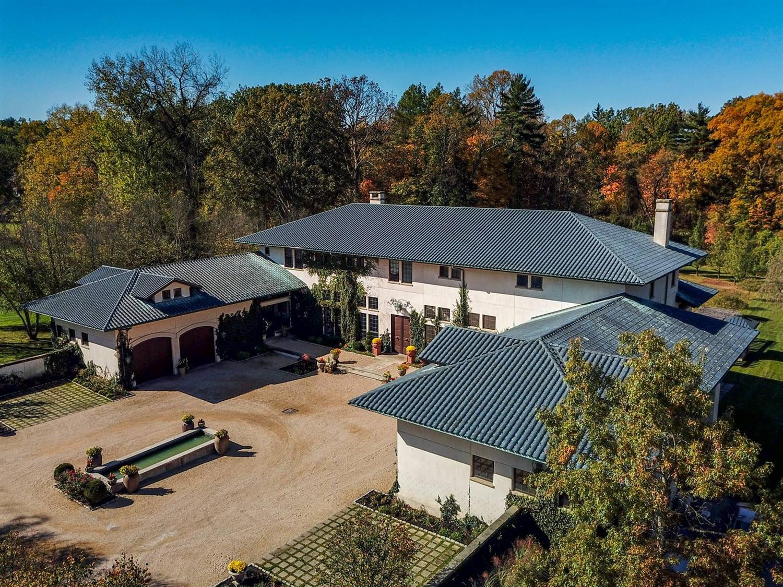 5775 Drake Road Property Photo 1